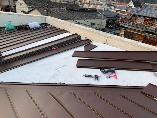④屋根カバー工法 屋根材新設
