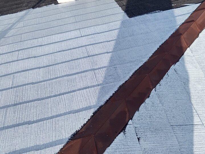 ③屋根 下塗り