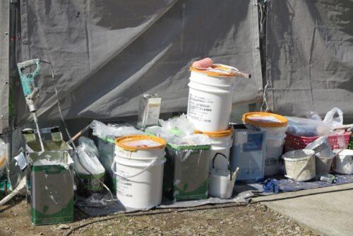 外壁塗装の作業現場