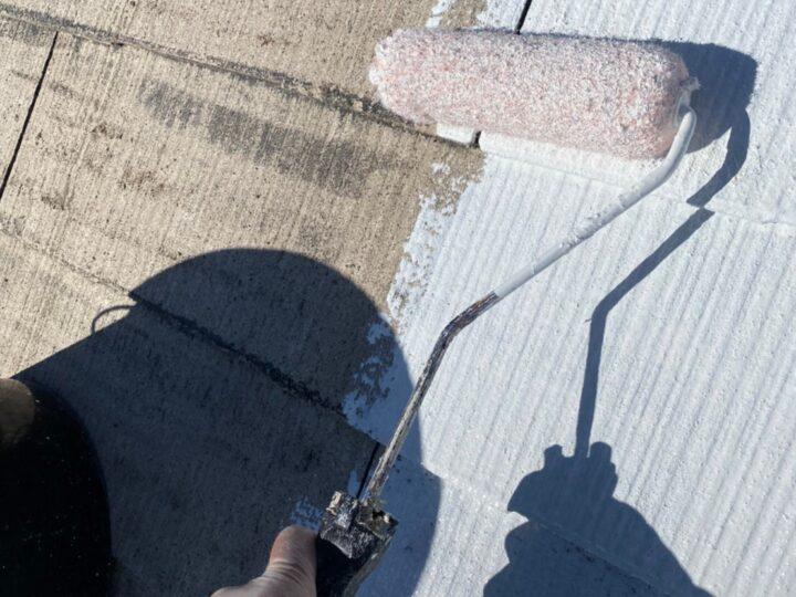 屋根塗装 下塗り1回目
