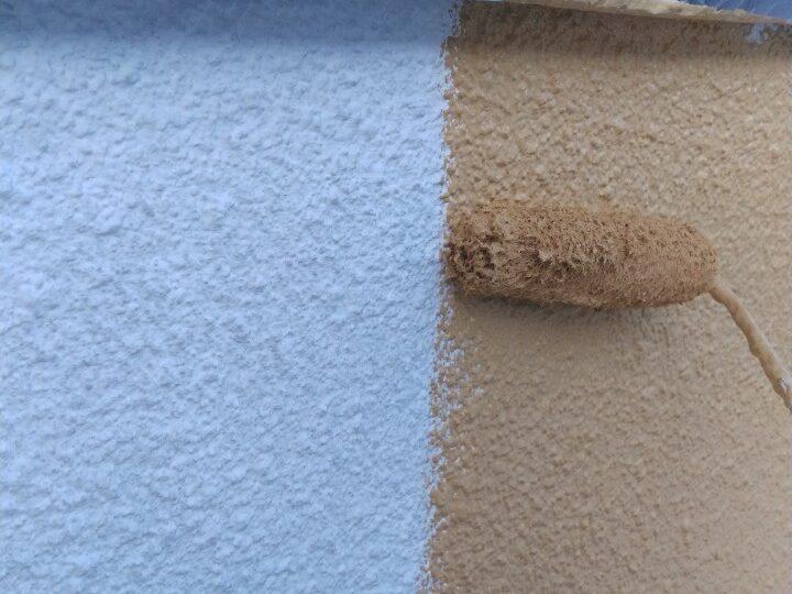 外壁塗装 中塗り・上塗り