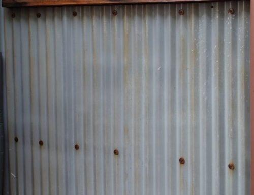 トタン壁 トタン壁の塗装について