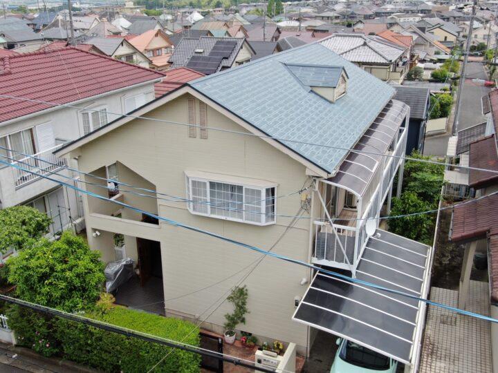 屋根カバー工法 施工前(ドローン撮影)